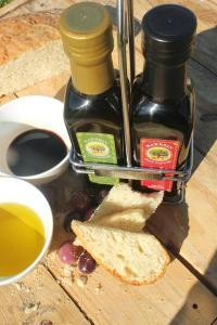 Marbrin Extra Virgin Cold Extracted Olive Oil and Balsamic