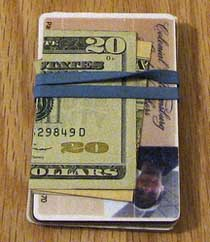Simple Rubber Band Wallet