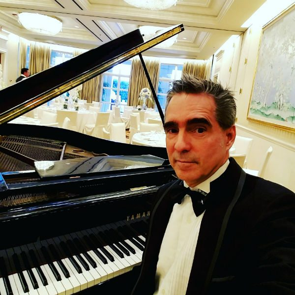 Beverly Hills Baby Shower Pianist