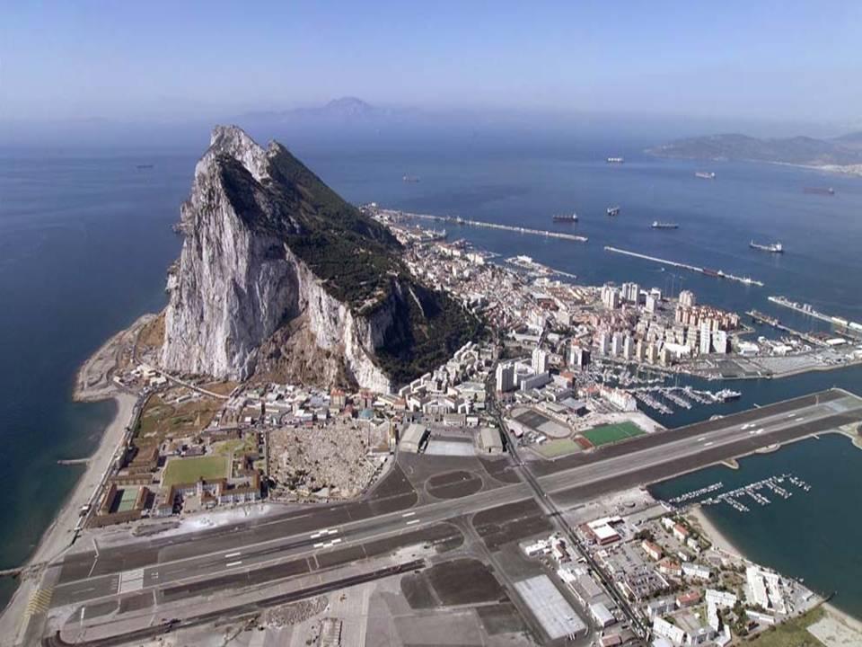 Gibraltar: La guarida de la `Ballena blanca´