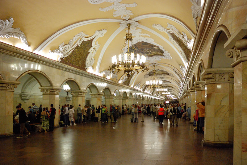 beautiful-moscow-metro-stations-(26)