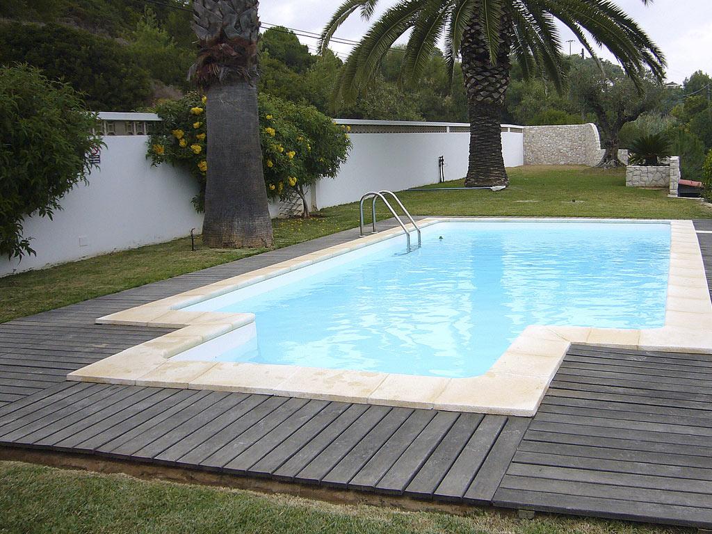 piscine enterree acier sunkit jupiter rectangulaire a fond plat echelle inox