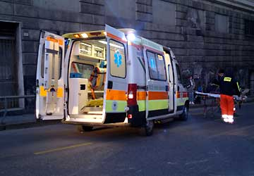 ambulanza urbino donna