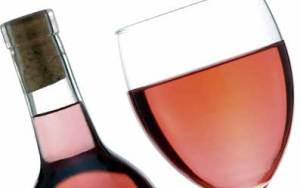 vino_rose_bottiglia_bicchie