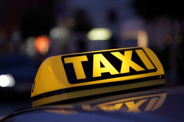 Taxi in rivolta ad Ancona