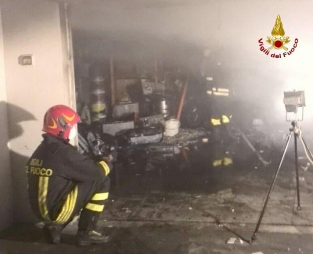 Incendio garage ad Ancona