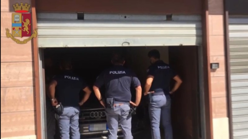 Cerignola, oltre 200 poliziotti, quasi 1200 persone controllate: l'operazione