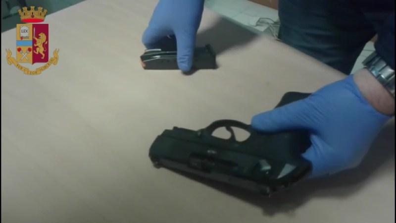 In possesso di armi e munizioni: un arresto a Cerignola   VIDEO