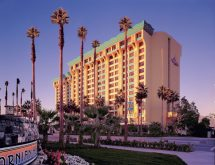 Hotels Disneyland Families With Young Kids