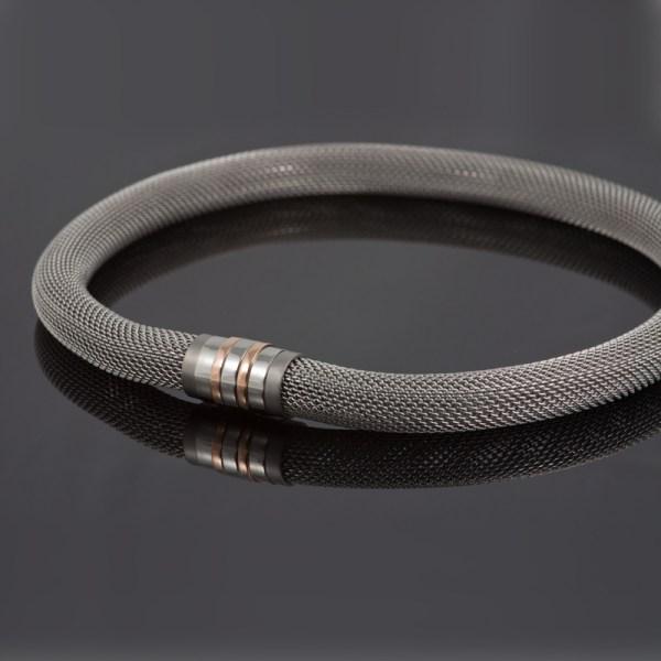 Collier 'Milanetic', 14 mm,  met grijs titanium en roodgoud