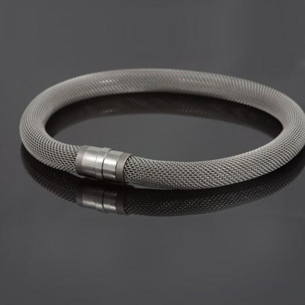 Collier 'Milanetic', 14 mm, helemaal grijs met grijs titanium