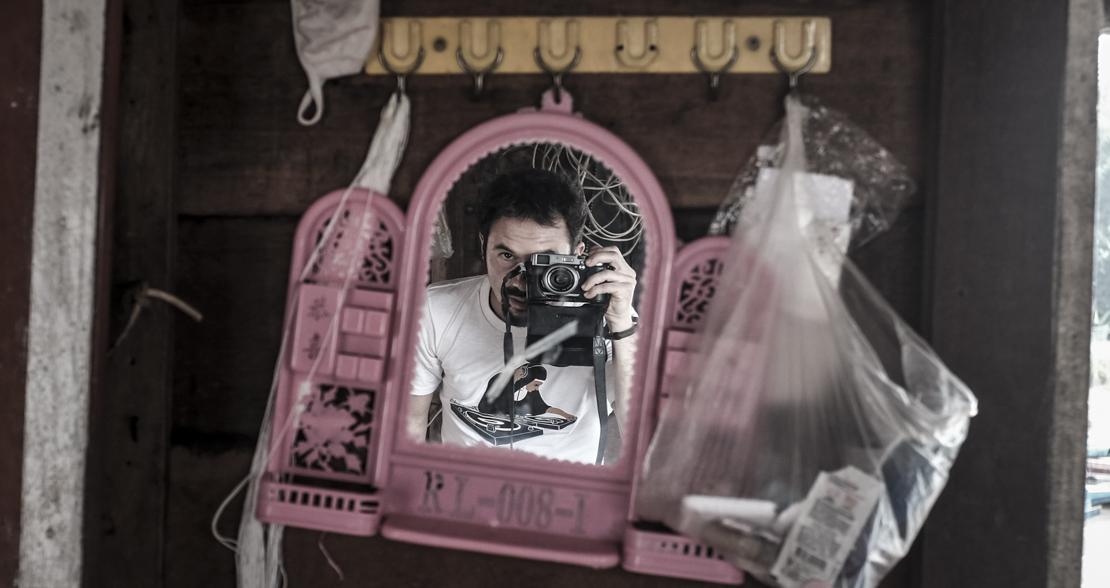 Pink selfie Nun is the Dj 1100-1