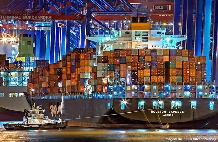 EUA ultrapassam a China e lideram o ranking dos maiores exportadores para o Brasil no mês de julho