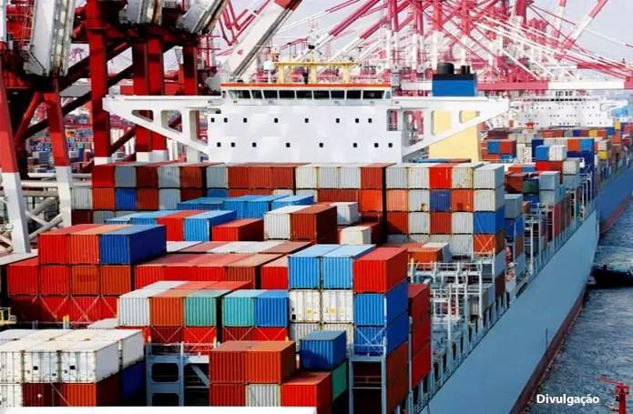 Balança comercial começa o ano operando no azul com superávit de US$ 1,1 bilhão na 1a. semana de janeiro