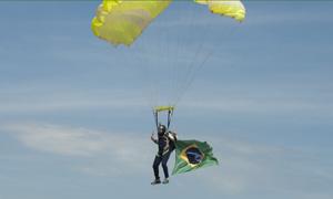 Demonstracao paraquedismo