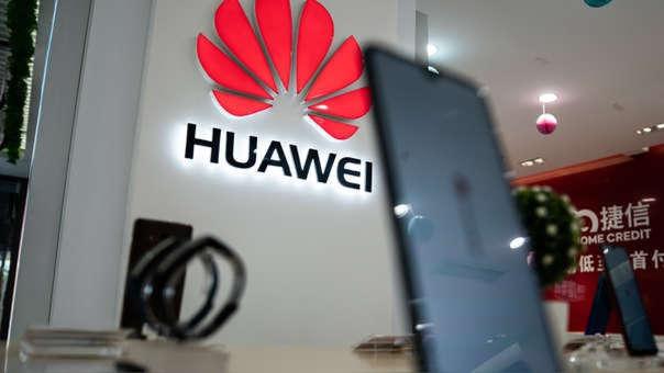 Huawei 700 millones