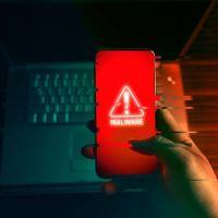 3 aplicaciones imprescindibles para proteger tu celular contra espías