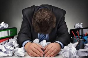 Discorso fai da te significa più stress, errori e perdita di tempo