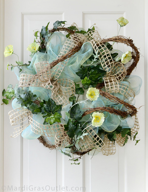 Twig works wreath forms are similar to work wreath forms which have