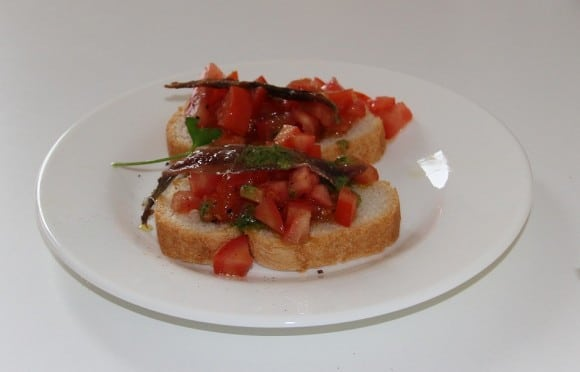 recette bruschetta aux anchois sur cuisine italienne. Black Bedroom Furniture Sets. Home Design Ideas