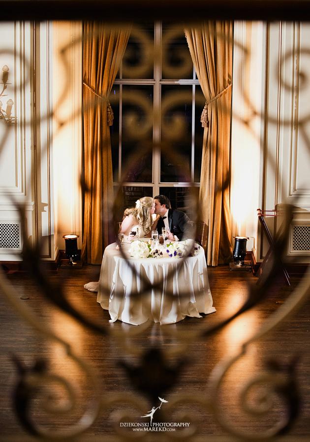 Taryn And Nicks Snowy Winter Wedding At Colony Club In