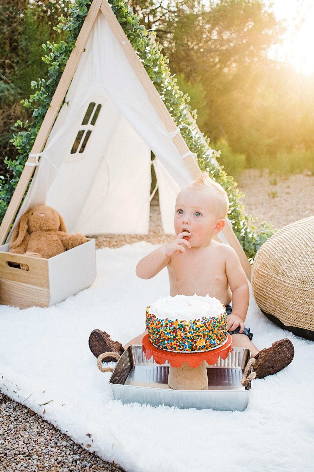 Cake Smash Photographer| Happy Birthday Little R