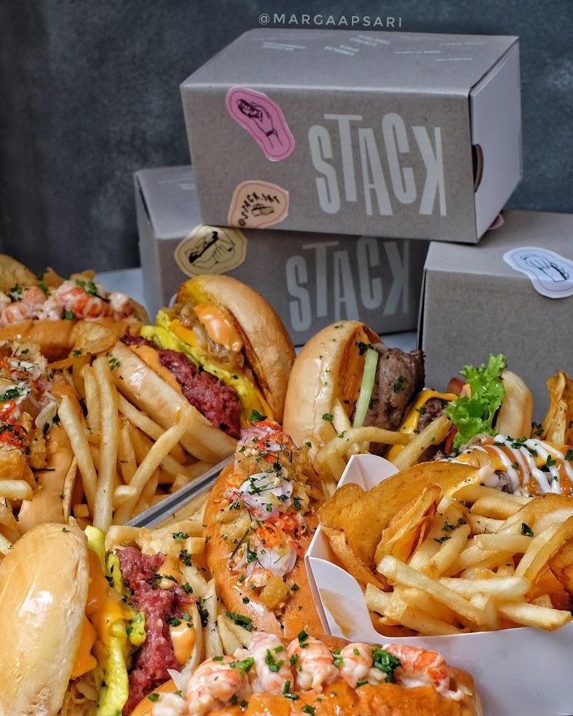 Kotak makanan ala Stack