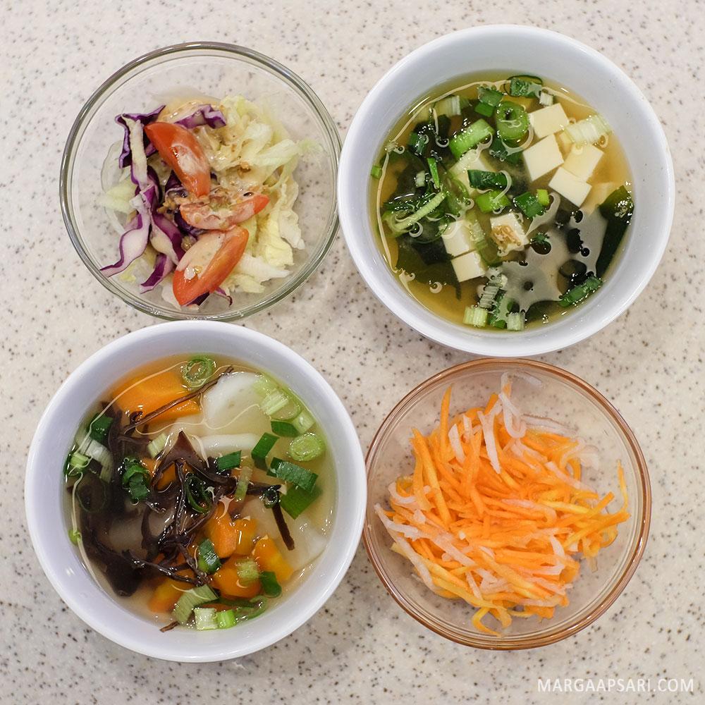 Salad dan sup di Gemba Katsu