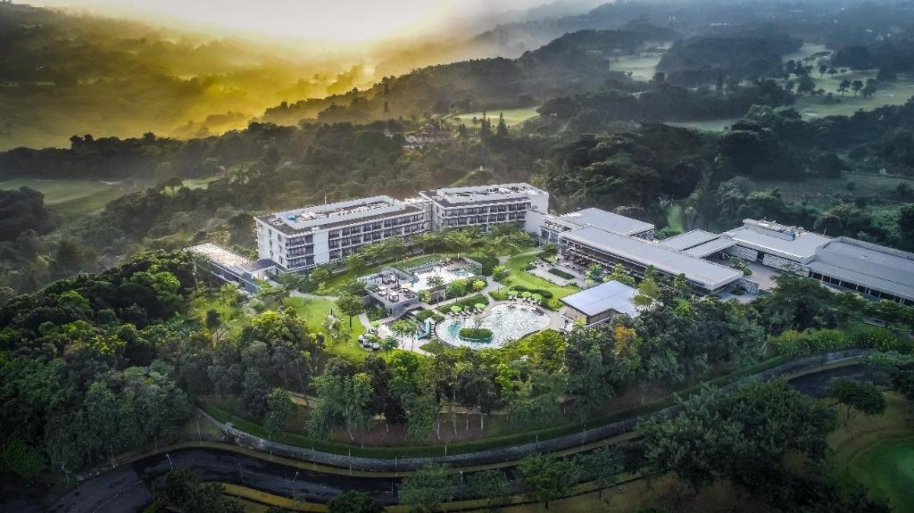 Hotel di Bogor yang asri, Royal Tulip Gunung Geulis
