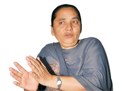 कोहलपुर नगर बिकाश समितीका अध्यक्ष अवराज  खड्कालाई चुनौती आरोप पुष्टि गर सांसद पद छोड्न तयार छु सांसद  पुर्णा सुवेदी