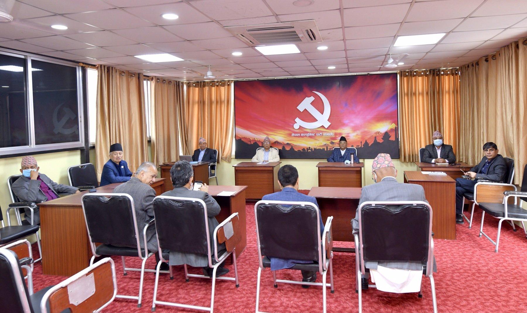 केपि  र नेपाल पक्ष बैठक सकियो नेपाल पक्षले भन्यो- २८ गतेको निर्णय मान्दैनौं