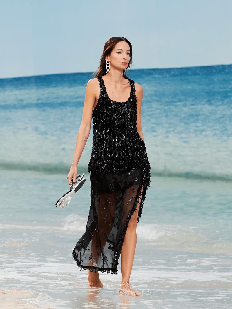 CHANEL sfilata collezione estate 2019 La spiaggia nel Grand Palais di Parigi  Margheritanet