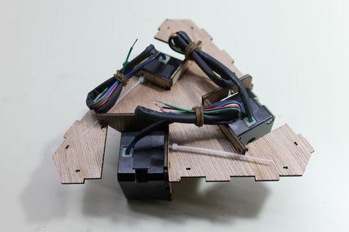DeltaRobot8 motors in motor mount complete.jpg