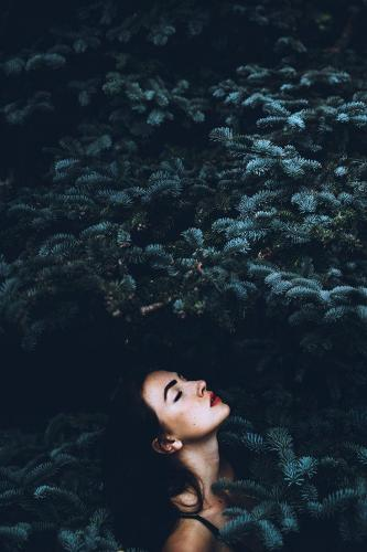 dark-portrait-margit glassel