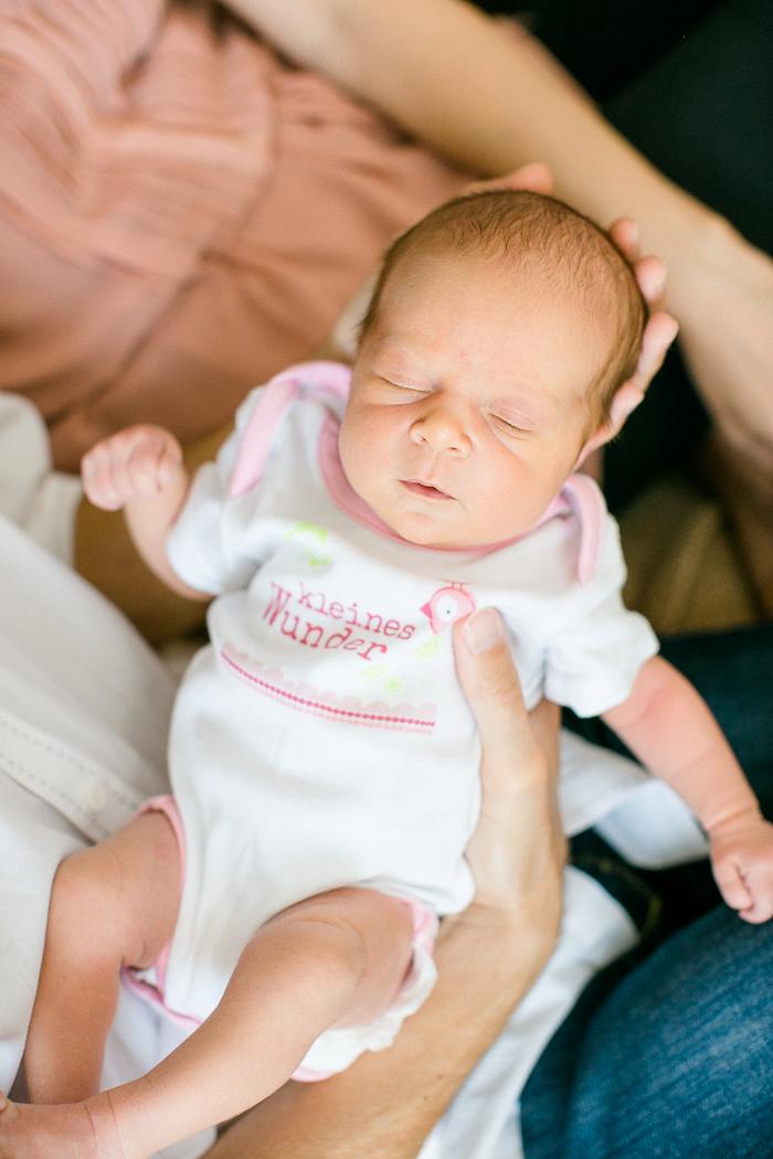 babyshooting_newbornfotos-015