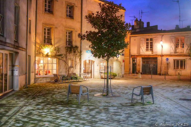 La Rochelle - Place de la Solette