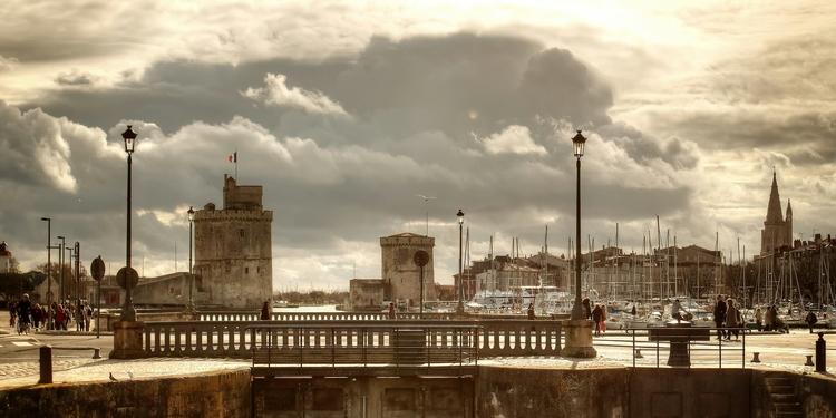 Franck Guillemotot les tours de La Rochelle