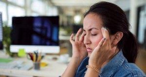 makeup causes headache