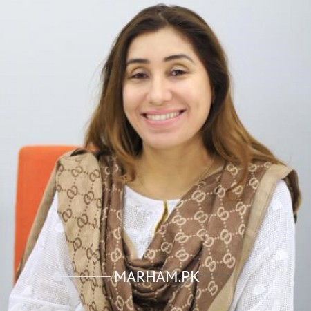 Dr. Farheen Kayani