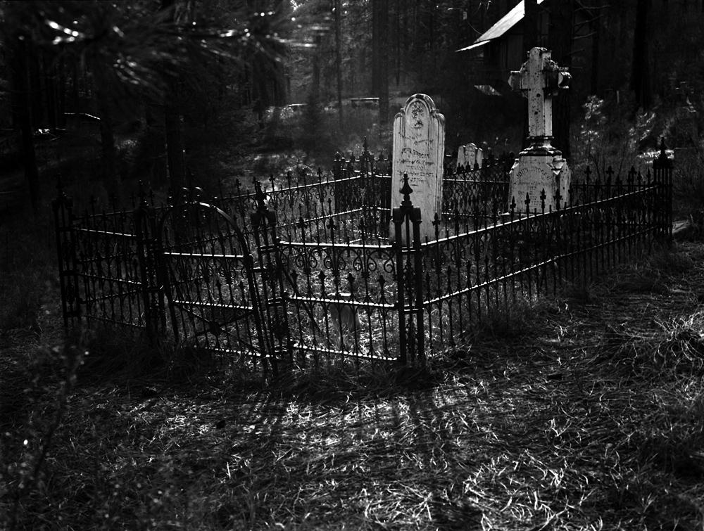 Grave 2012