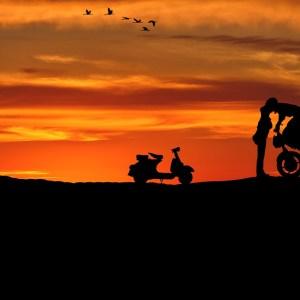 Les amoureux et la moto