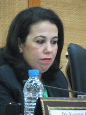 """Rajae El Khamsi ( Marruecos) Fatema Mernissi: La voz transgresora de los """"huchud ."""