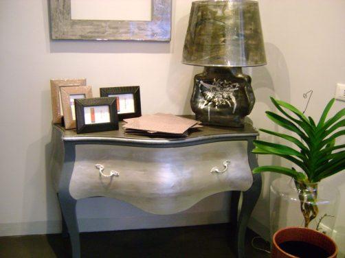 Lume in ceramica e paralume in resina