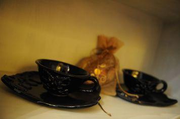 Servizio tazze in ceramica nera