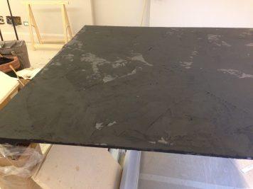 Rivestimento in resina tavolo pranzo effetto ardesia seconda parte (7)