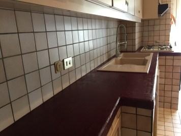 Il piano della cucina dopo