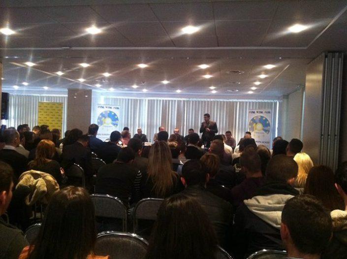 Alegeri pentru birourile județene ale Tineretului Național Liberal și Cluburilor Studențești Liberale, filiala Arad, decembrie 2013