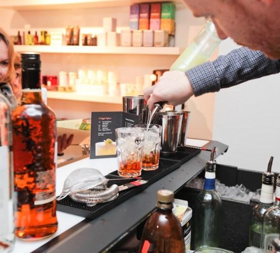 INTERVJU med bartender Adam MacDonald og oppskrift på drinken Clover Club