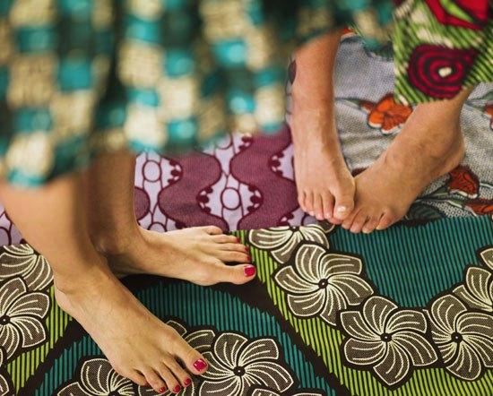 Fotpleie, gjør det selv, DIY, pedikyr, fotbad, fotterapeut, fotkrem, pris, hjemme, sprukne, hæler, tørre, føtter, pene, barbent,