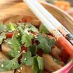 [MAT] PÅ BUDSJETT: Enkel og billig wok med fiskeboller (kr 21,78)
